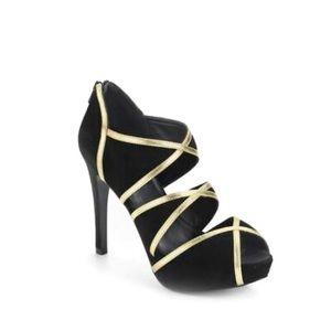 Pour La Victoire May Cutout Platform Heels